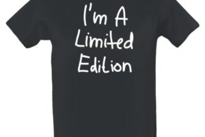 Hledáš trička s vlastním potiskem levně  Pak jsi na správné stránce a34e100bb6